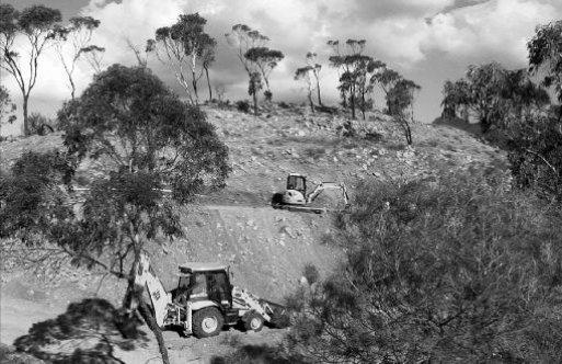 Kayıp mezarları uydu fotoğraflarıyla tespit edildi iddiası