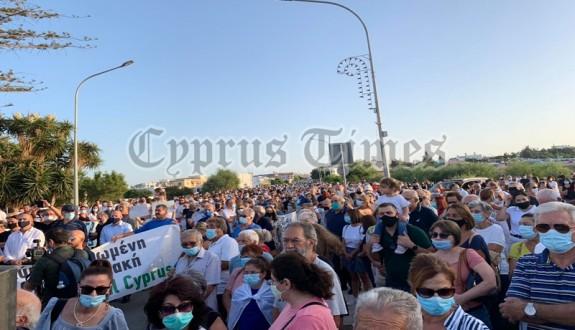 Maraşlı Rumlar protesto eylemi yaptılar