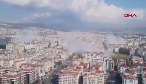 Son dakika: İzmir'de deprem