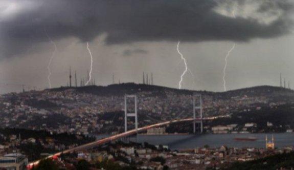 Süper hücre İstanbul yolunda