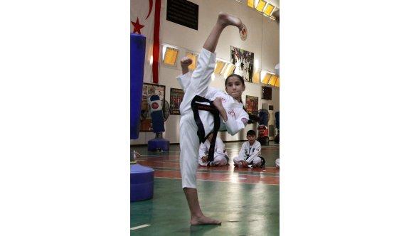Taekwondoda çekişme artıyor