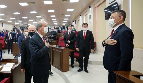 Tatar Meclis'te yemin etti