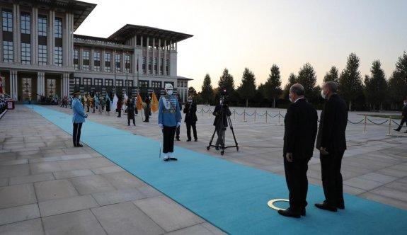 Tatar'a 21 pare top ve süvarili karşılama
