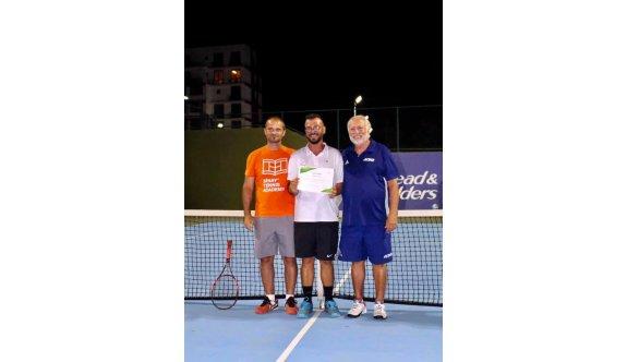 Teniste antrenörlük kursu başladı