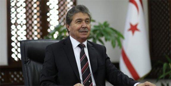 Üstel, UBP Genel Başkanlığına adaylığını açıkladı