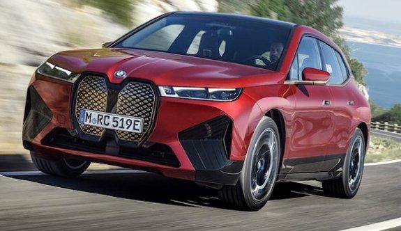 BMW yeni elektriklisi iX görücüye çıktı