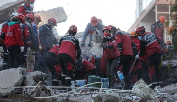 Depremde bilanço ağırlaştı: 83 can kaybı