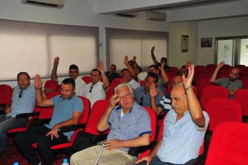 Eski başkanlardan Sertoğlu'na destek