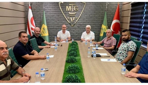 Futbol Federasyonuna destek sürüyor