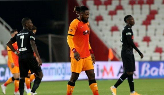 Galatasaray'a Luyindama'dan kötü haber