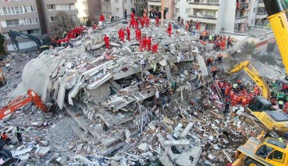 İzmir'deki depremde can kaybı 51 oldu
