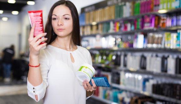 Kozmetik Ürünü Satın Alırken Dikkat Etmeniz Gereken 7 Şey