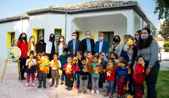 """Lefkoşa Turkcell'le koştu, çocuklar """"El Ele Merkezi""""ne kavuştu"""