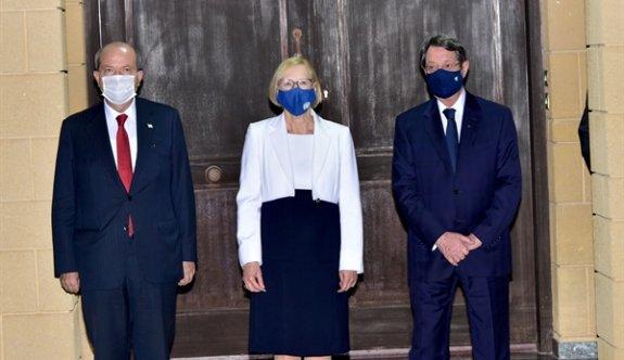 Liderler,  gayri resmi 5+BM toplantısı yapma taahüdünü yinelediler