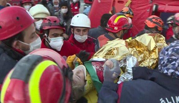 Son dakika 3 yaşındaki Elif Perinçek enkazdan sağ olarak çıkartıldı
