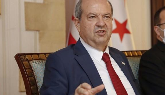 Tatar'a bir tebrik de AB Komisyonu Başkan Yardımcısı Borrell'den