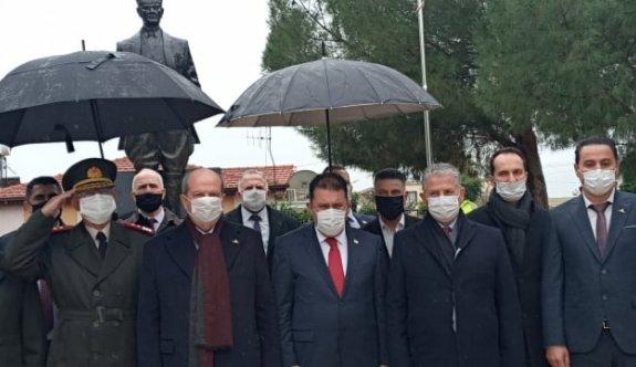 Akçay'da Atatürk büstü açıldı
