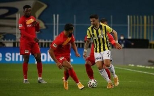 Fenerbahçe evinde kaybetti