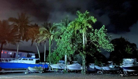 Fiji tufan öncesi doğal afet ilan etti
