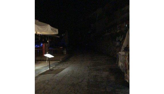 Girne Limanı karanlığa gömüldü