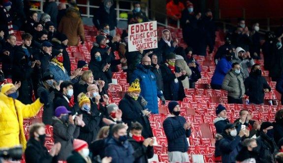 İngiltere'de 9 ay sonra seyircili maç