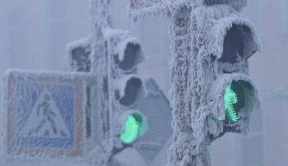 Rusya'da termometreler -48 dereceyi gördü