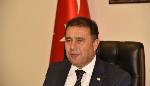 """""""Kıbrıs Türk halkı devletinden egemenliğinden ve güvenliğinden taviz vermeyecek"""""""