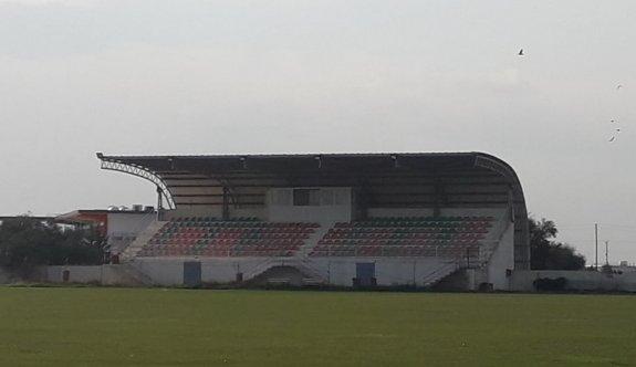 Cemal Balses Stadı yemyeşil