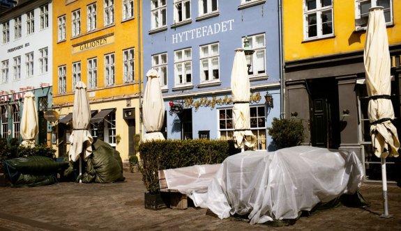 Danimarka, üç hafta daha kapalı