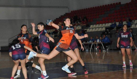 Hentbol U18'lerde şampiyonluk günü