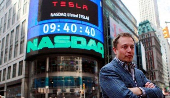 Musk bir günde Forbes Milyarderler Listesi'nde ikinciliğe düştü