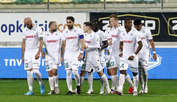 Omonia, Türk kulüplerini solladı