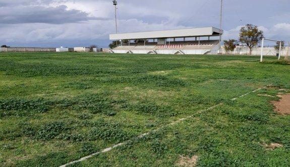 Özgürlük Stadı,  gömeç tarlasına döndü