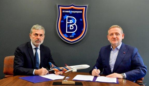 Aykut Kocaman'dan Başakşehir'e 2,5 yıllık imza