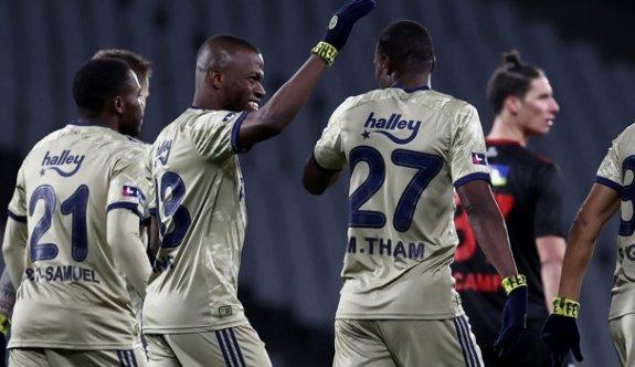 Fenerbahçe, Karagümrük'ü 2 golle geçti