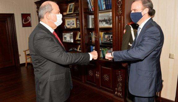 İngiltere Dışişleri Bakanı Raab, Tatar'la Saray'da görüştü