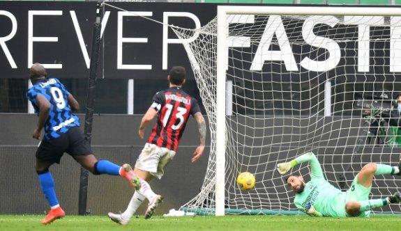 Inter derbiyi kazandı, Lukaku tarihe geçti