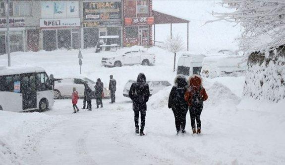 İstanbul'da kar kalınlığı 45 santimetreye kadar çıktı