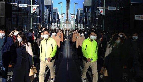 Japonya'da kovid-19 salgınında 'evde kal' çağrısına uymayan milletvekili istifa etti