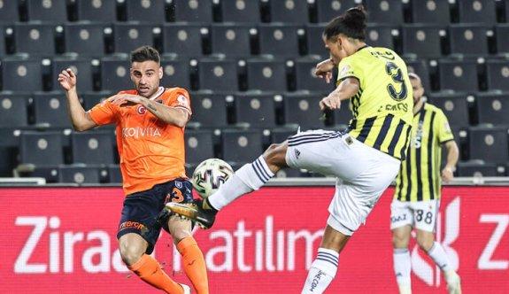Kupada ilk yarı finalist Başakşehir