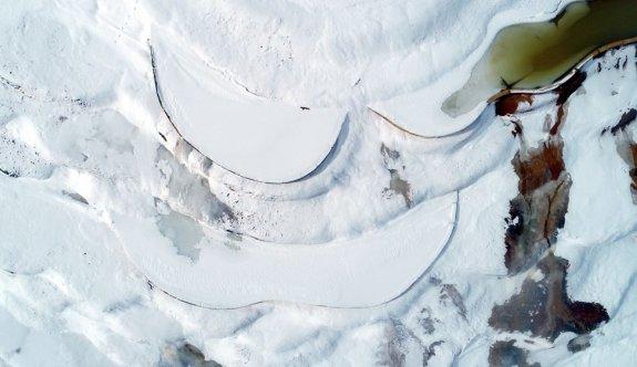 Sivas Altınkale'de buz ve ateşin karşılaşması