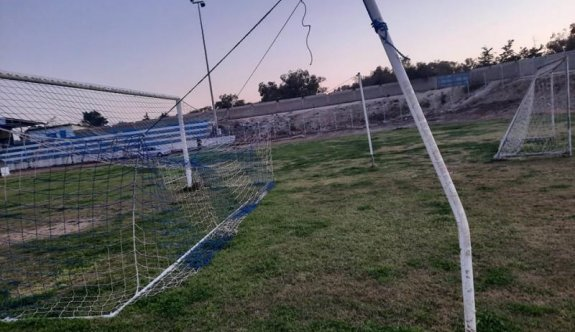 Stadyuma saldırdılar