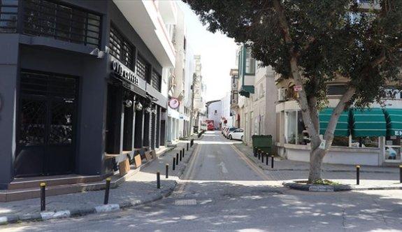 Ülke genelinde sokağa çıkma yasağı sürüyor