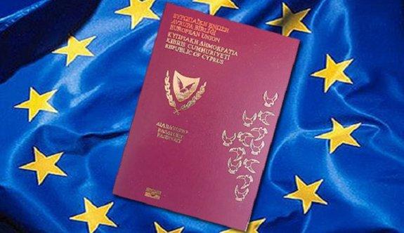 AB'den Güney Kıbrıs'a 'Altın Pasaport' uyarısı