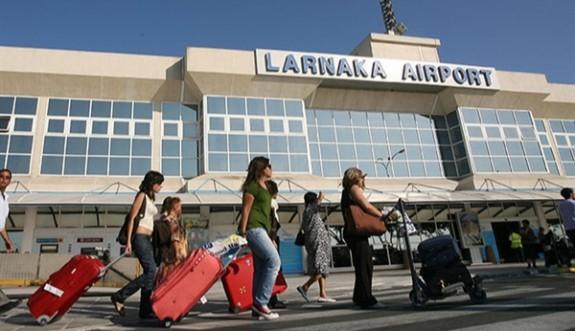 Aşı yaptıranlar Güney Kıbrıs'a karantinasız giriş yapabilecek