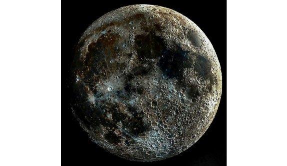 Ay'ın en net fotoğrafı...