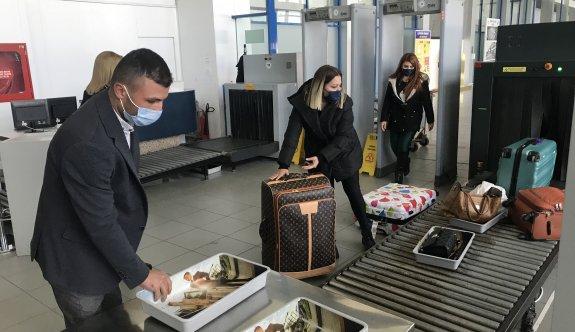 Ercan'daki COVID-19 önlemleri  yolculardan tam not aldı
