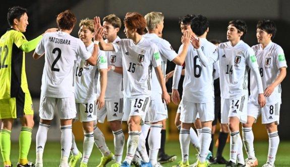 Japonya gol olup yağdı!