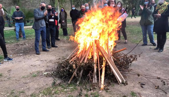 Kuğulu Park'ta Nevruz ateşi