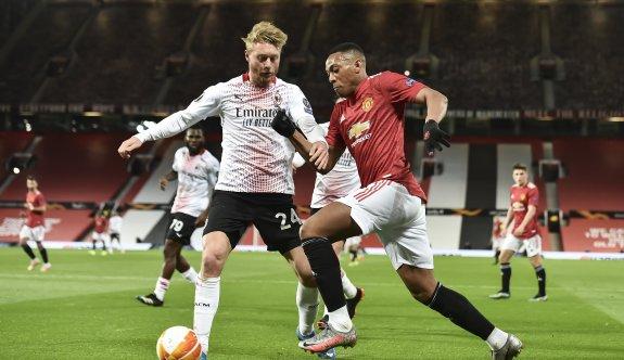Milan, Manchester'dan avantajlı döndü